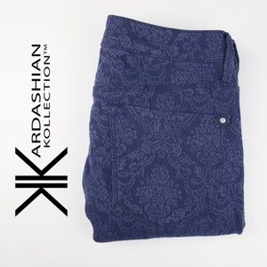Kardashian Kollection | Curvy Skinny Navy Jeans